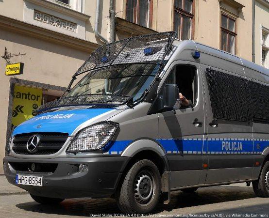 Policja Giżycko: Punkty karne online – uwaga na fałszywe strony!