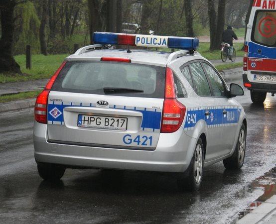 Policja Giżycko: Zatrzymany podczas kontroli drogowej. Narkotyki miał ukryte w bieliźnie
